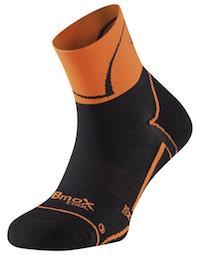 Calcetín con tecnología Bmax especifico de alto rendimiento para el ciclismo, con un sistema ergonómico de protección ESP.
