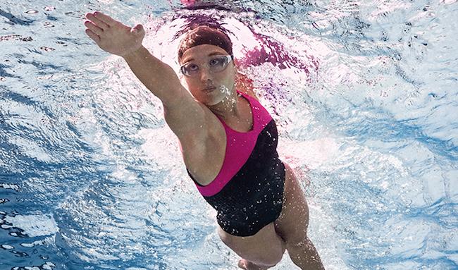 bañador para natación